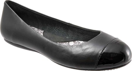 Women's SoftWalk Napa Flat