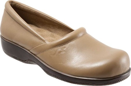 Women's SoftWalk Adora